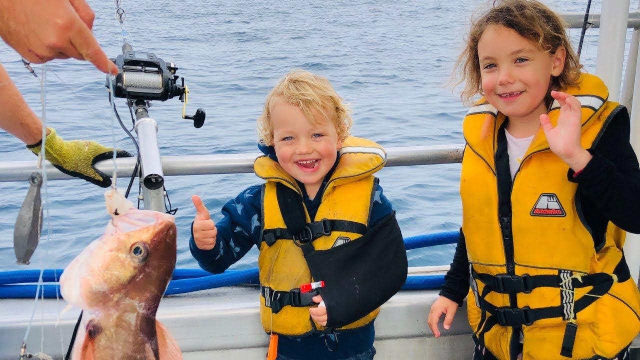 Fiskelycka med gipsad arm – Nya Zeeland VLOGG