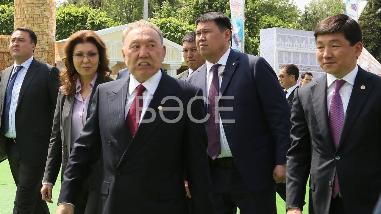 Назарбаев после отставки откровенно тащится. Издевается над народом/ БАСЕ