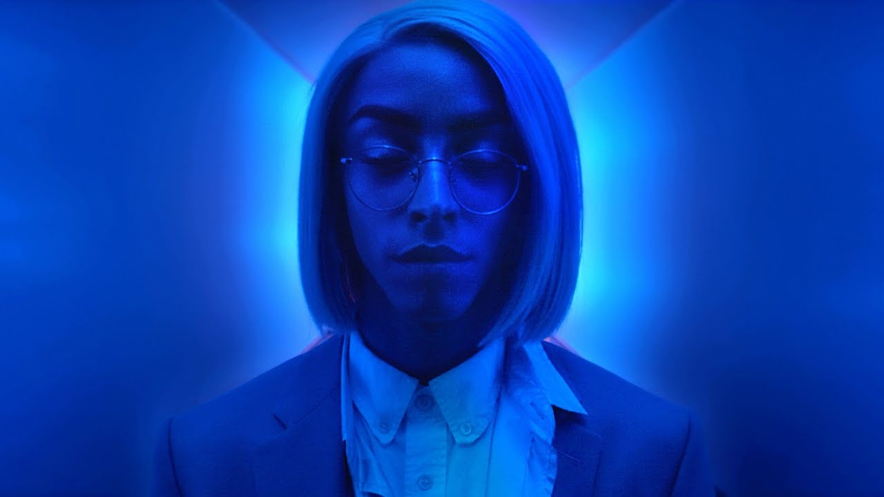 Bilal Hassani – Fais Beleck (Official Music Video)