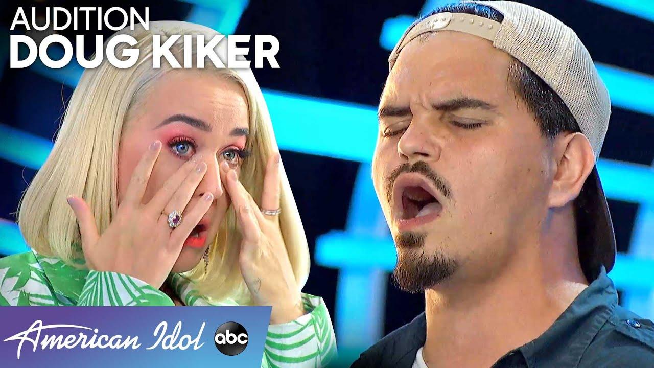 Garbage Man Doug Kiker CHARMS the Judges – American Idol 2020
