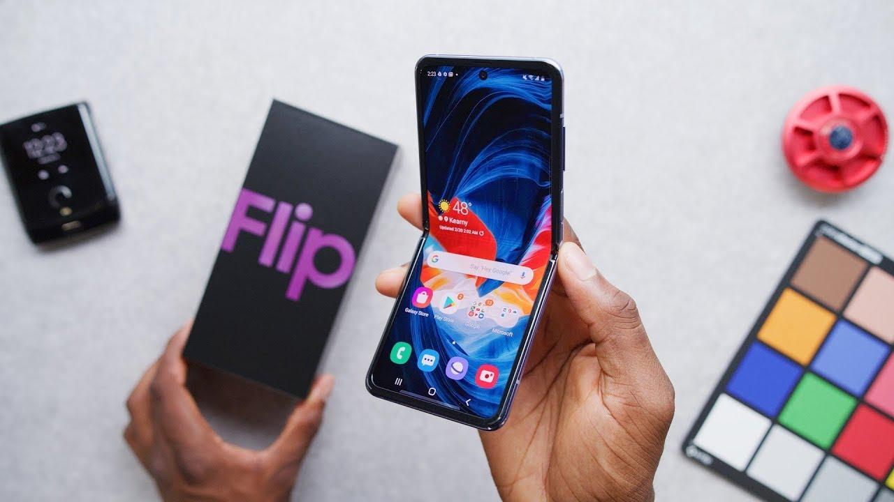 Samsung Galaxy Z Flip Unboxing: It's Growing on Me!