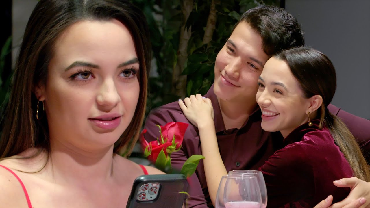 THE THIRD WHEEL – Merrell Twins