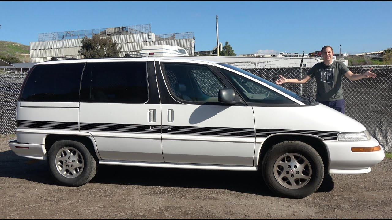The Oldsmobile Silhouette Was a Really Weird Luxury Minivan
