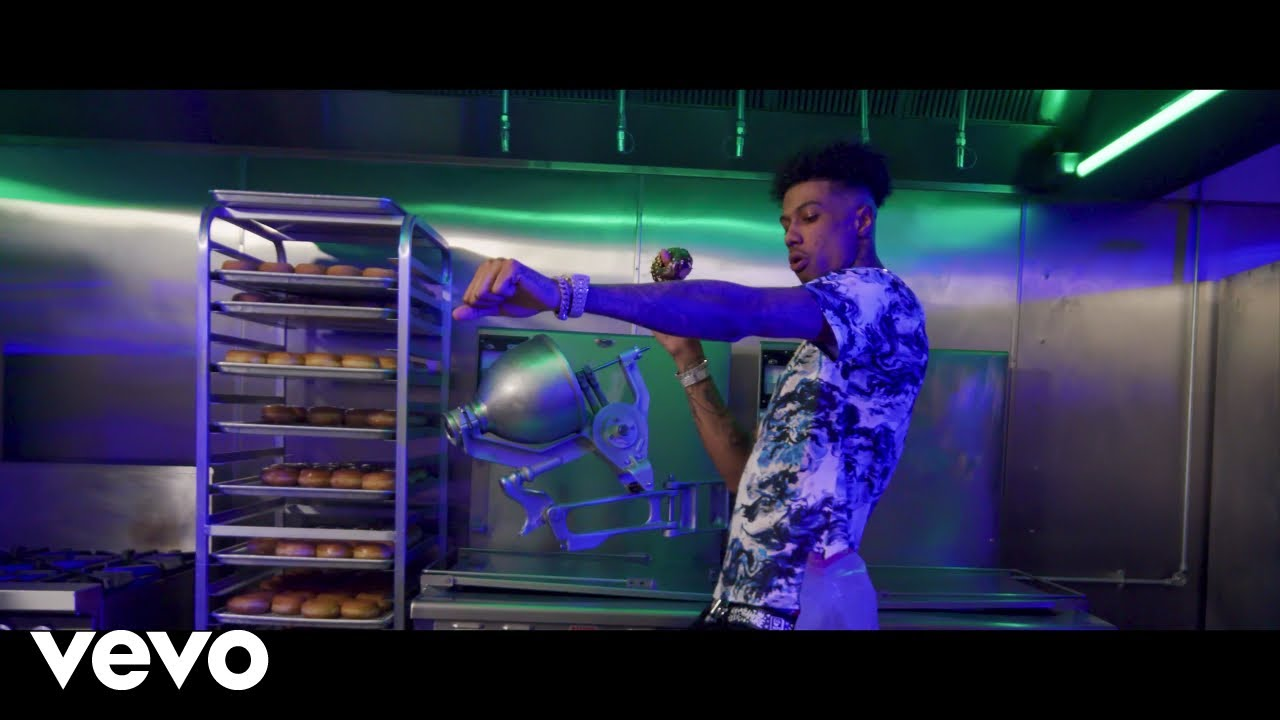 Blueface ft. NLE Choppa – Holy Moly (Official Video) ft. NLE Choppa