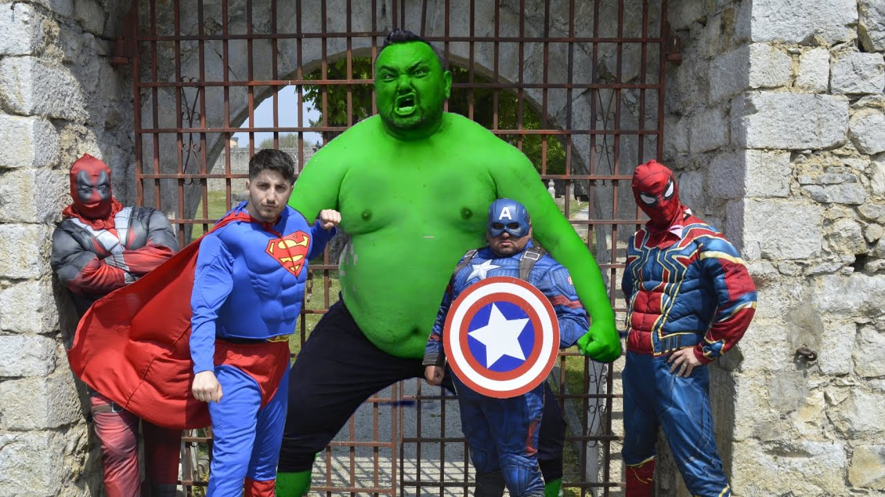 Hulk VS Superheroes