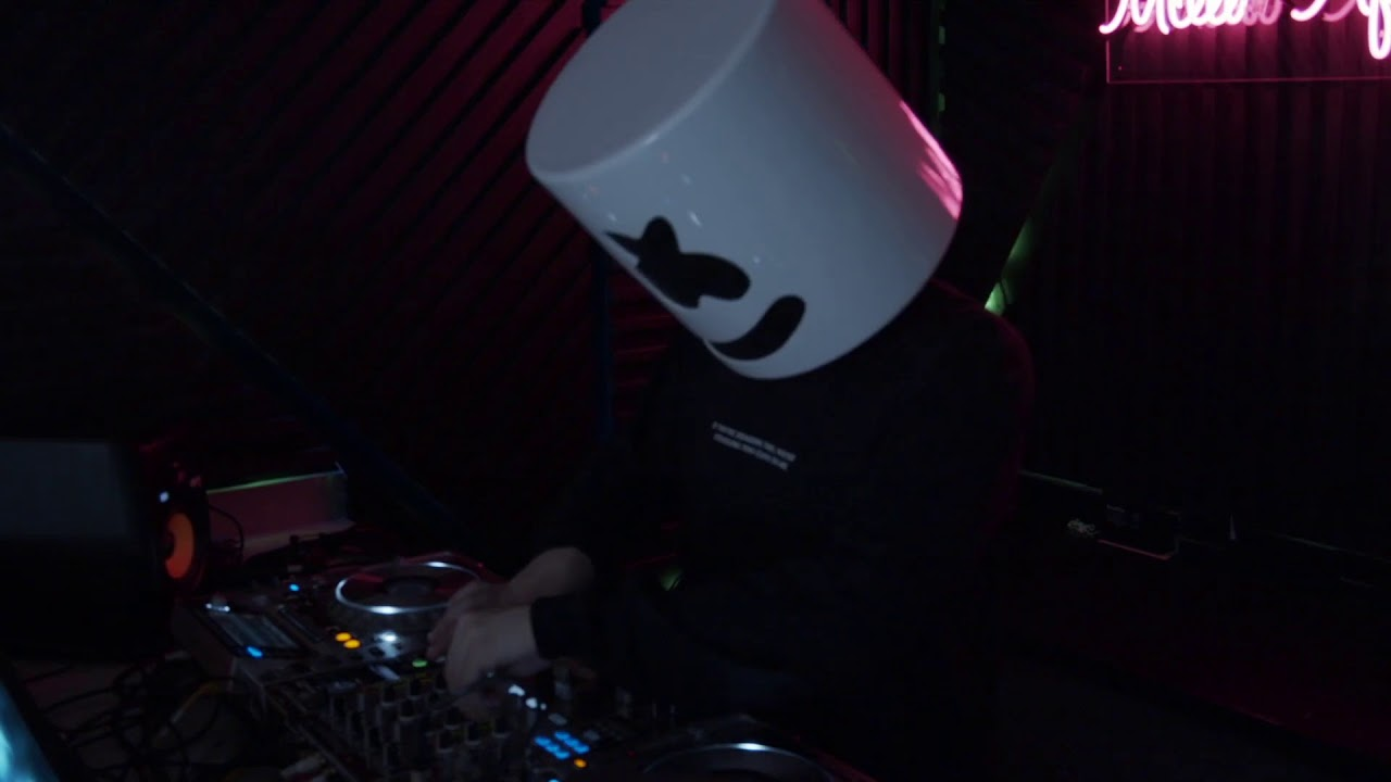 MELLO AFTER DARK (LIVE FROM THE QUARANTINE ROOM)