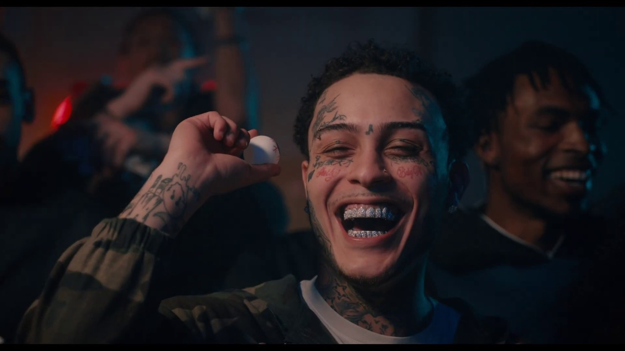 Lil Skies – Riot [Official Music Video]