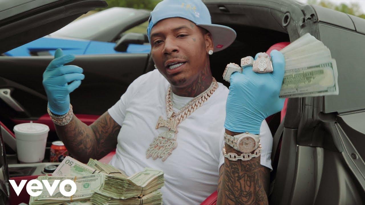 Moneybagg Yo – Me Vs Me (Official Music Video)