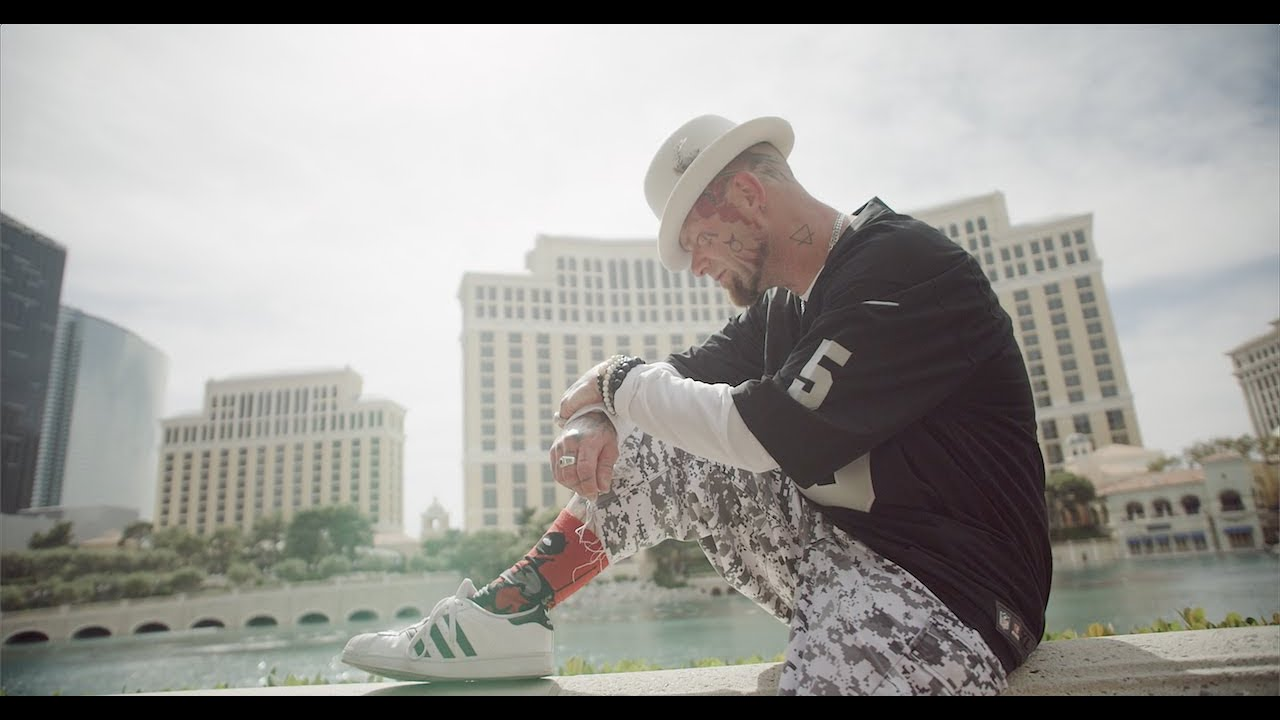 Five Finger Death Punch – A Little Bit Off (Official Music Video)