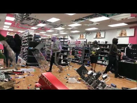 SAN DIEGO LOOTING: Store on fire, others looted at La Mesa Springs Shopping Center