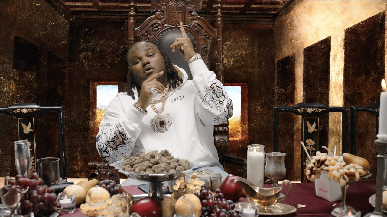 Tee Grizzley – The Smartest Intro (feat. Mustard) [Official Video]