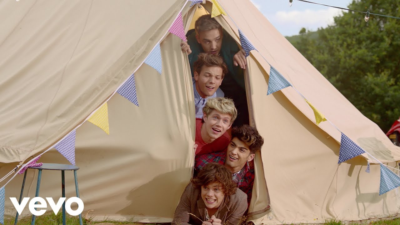 One Direction – Live While We're Young (Official 4K Video)