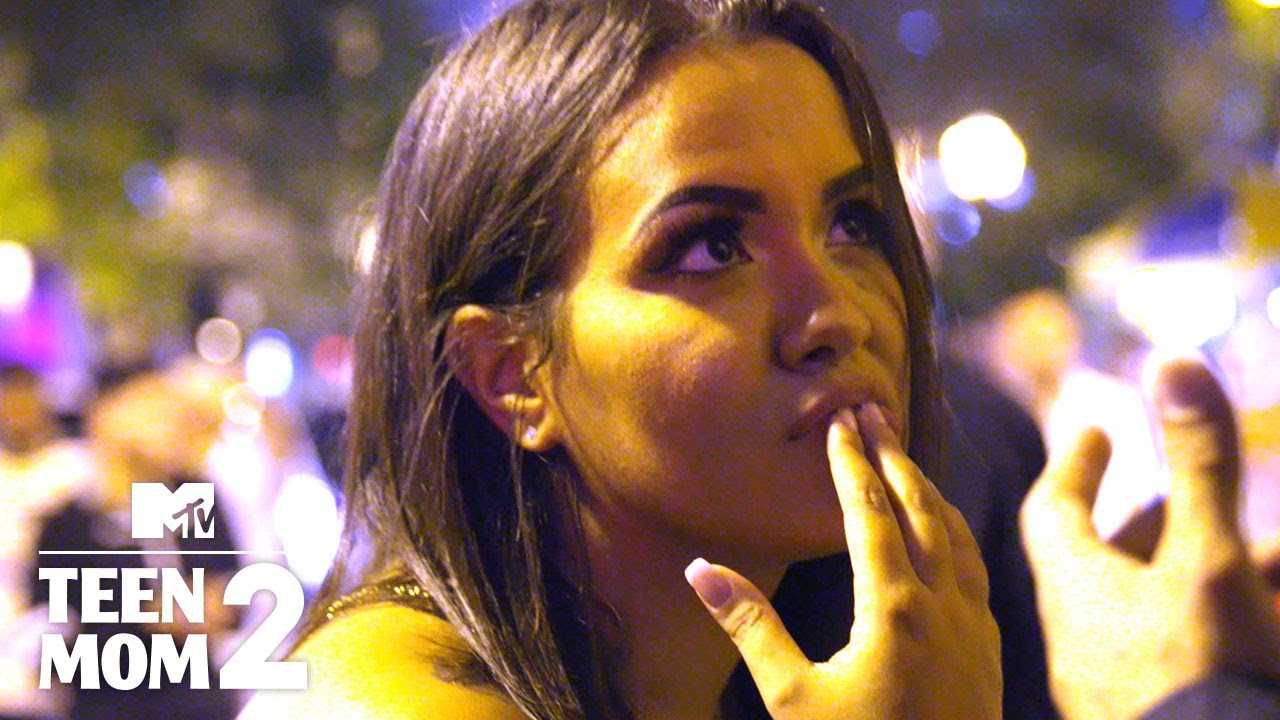 Briana Confronts Luis at the Club | Teen Mom 2