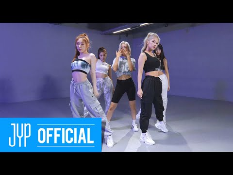 """ITZY """"Not Shy"""" Dance Practice (Moving Ver.)"""