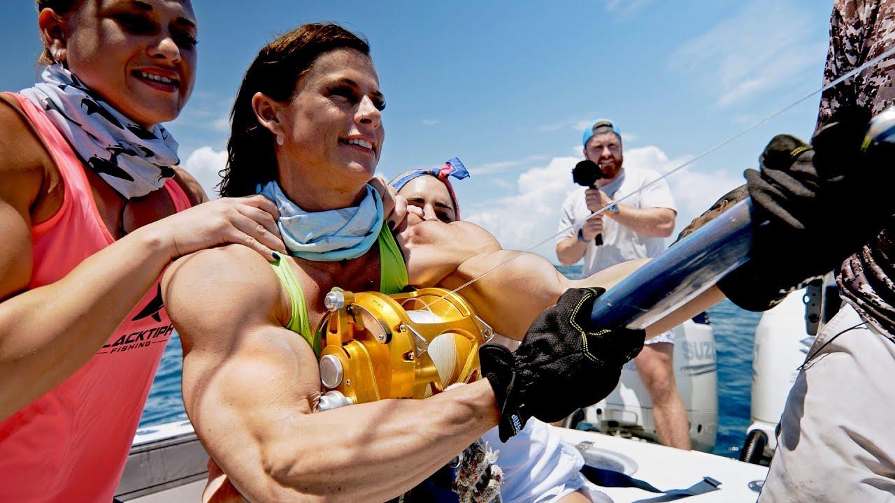 Strongest Women VS Strongest Fish