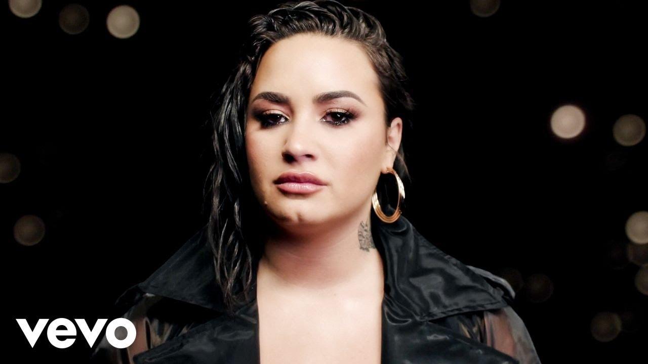 Demi Lovato – Commander In Chief