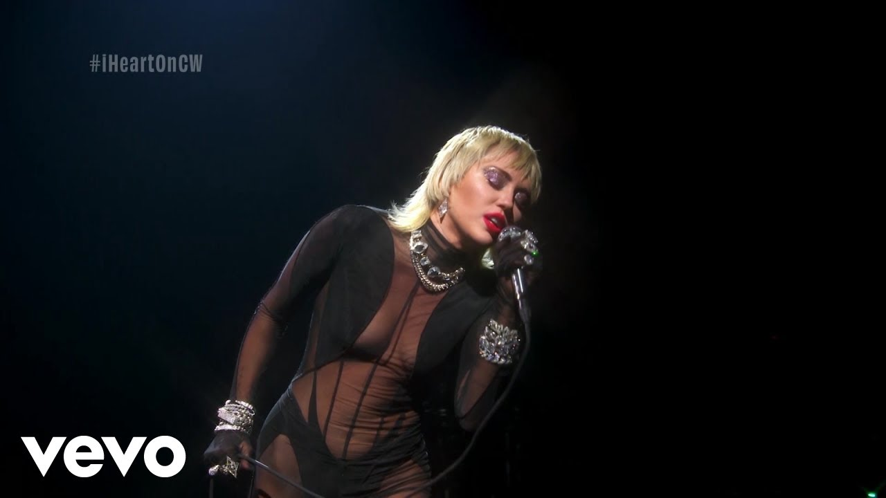 Miley Cyrus – Heart Of Glass (Live from the iHeart Festival)