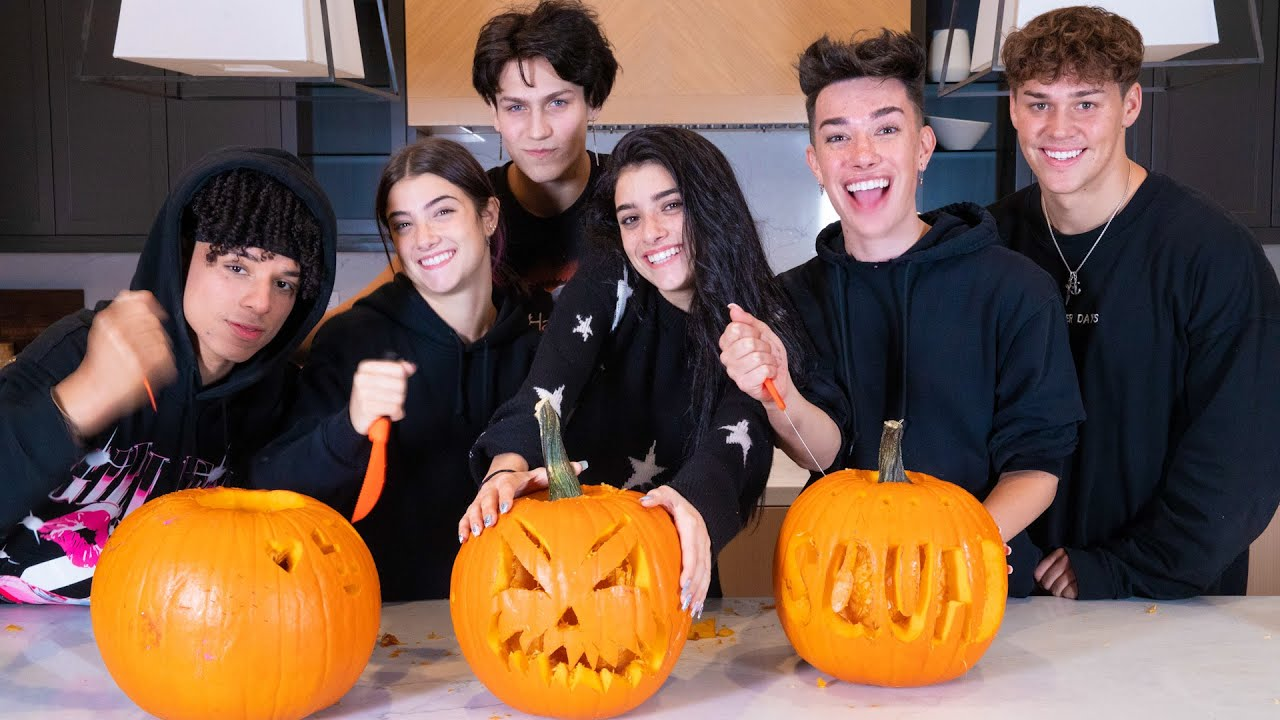 Carving Pumpkins with my Best Friends ft Charli, Noah, James, Chase, & Larray   Dixie D'Amelio