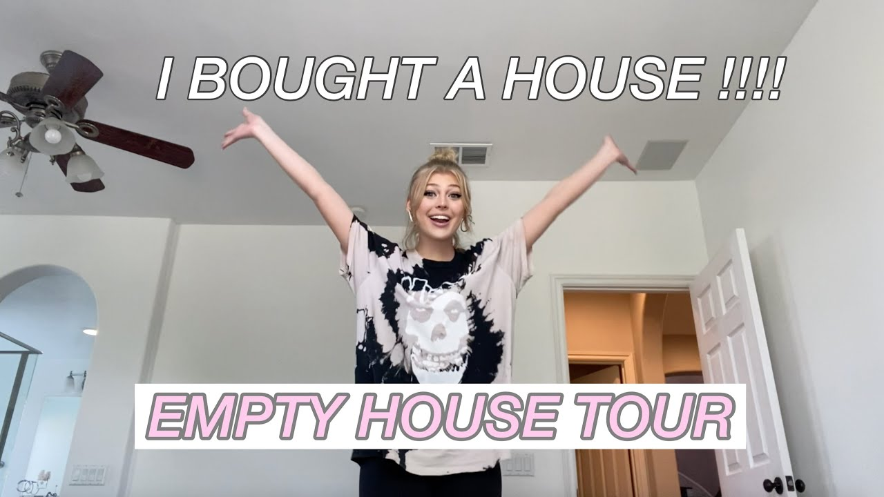 I BOUGHT A HOUSE ! ( Empty House Tour )
