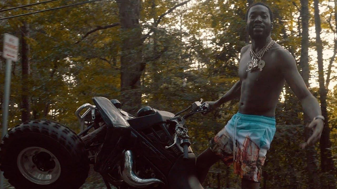 Meek Mill – Pain Away feat. Lil Durk [Official Video]