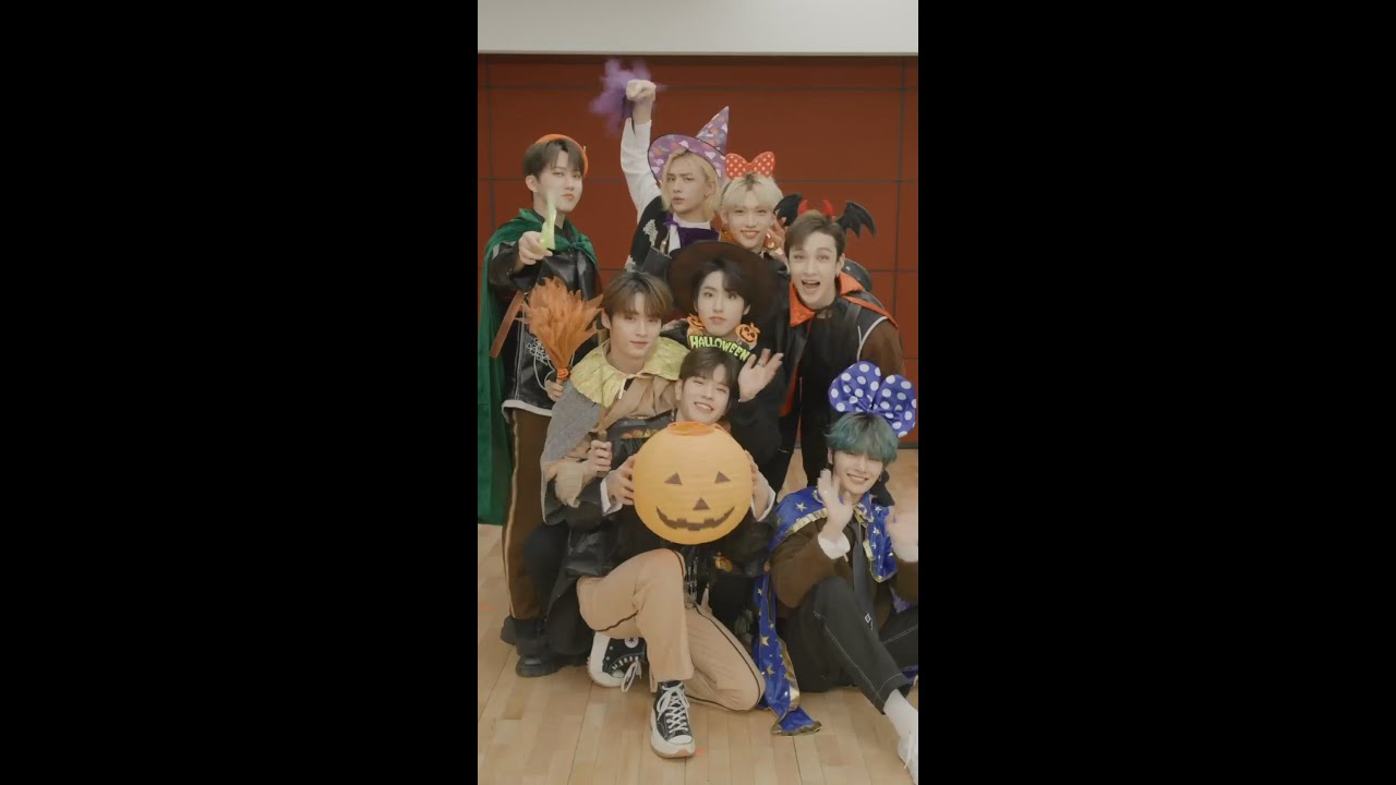 Stray Kids 『ALL IN』Relay Dance (Halloween ver.)