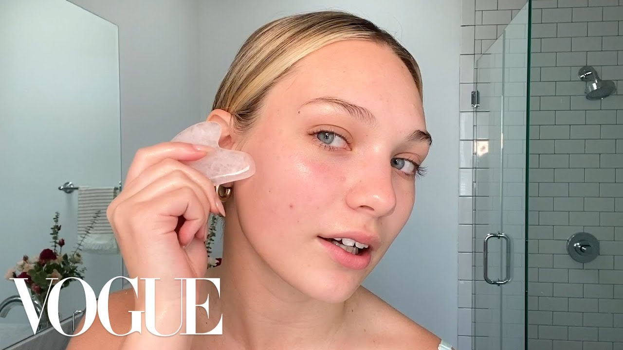 Maddie Ziegler's Guide to Colorful Eye Makeup | Beauty Secrets | Vogue