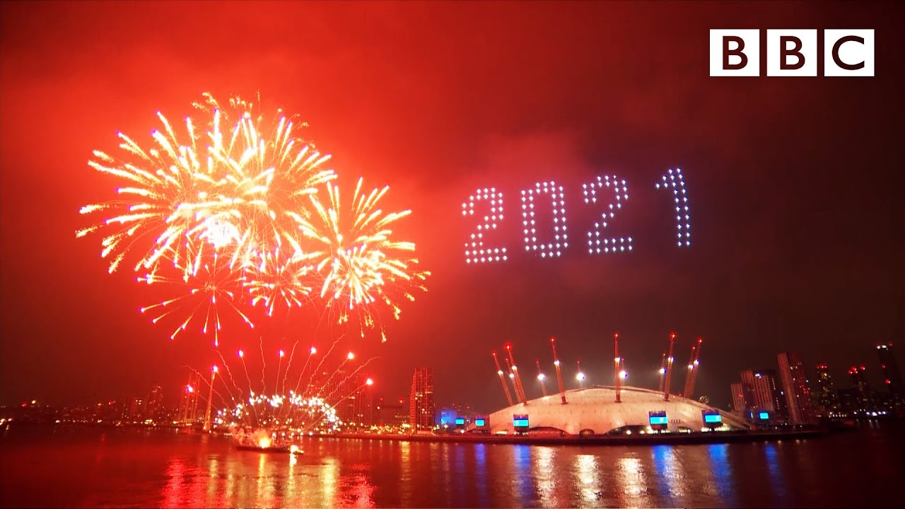 London's 2021 fireworks 🎆 Happy New Year Live! 🔴 BBC