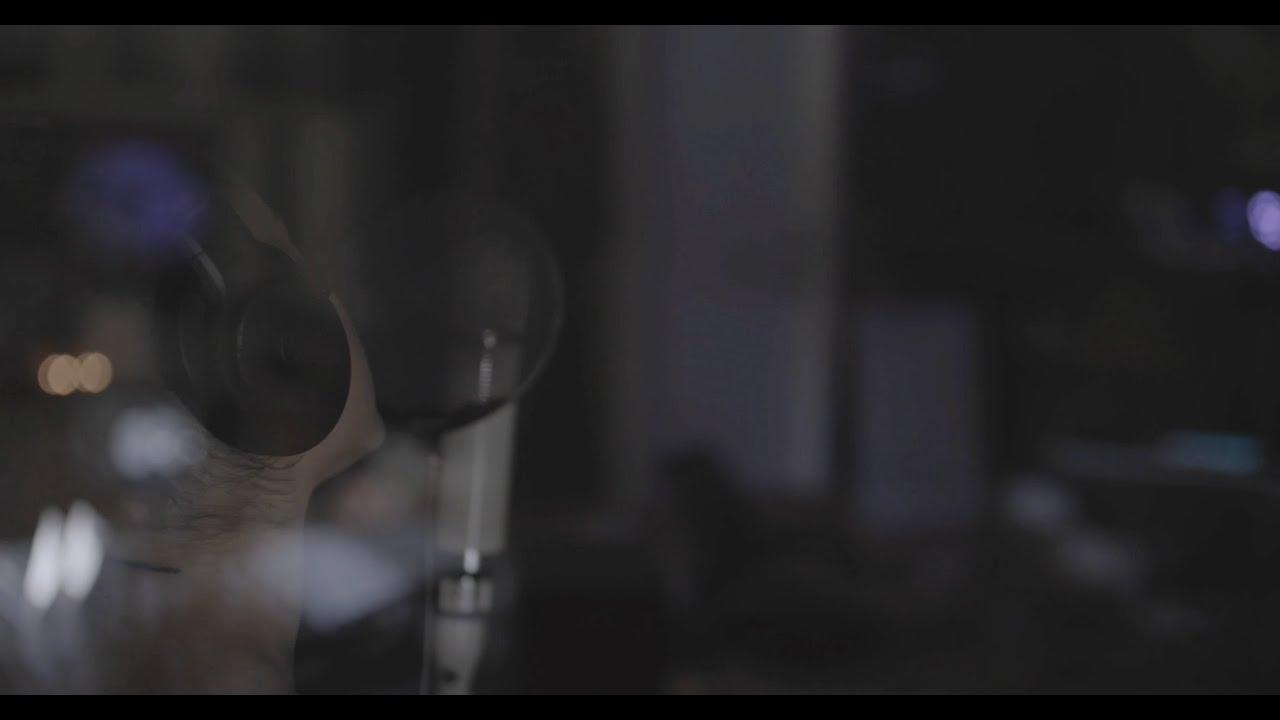 "studio footage: ""positions"" outro – ariana grande"