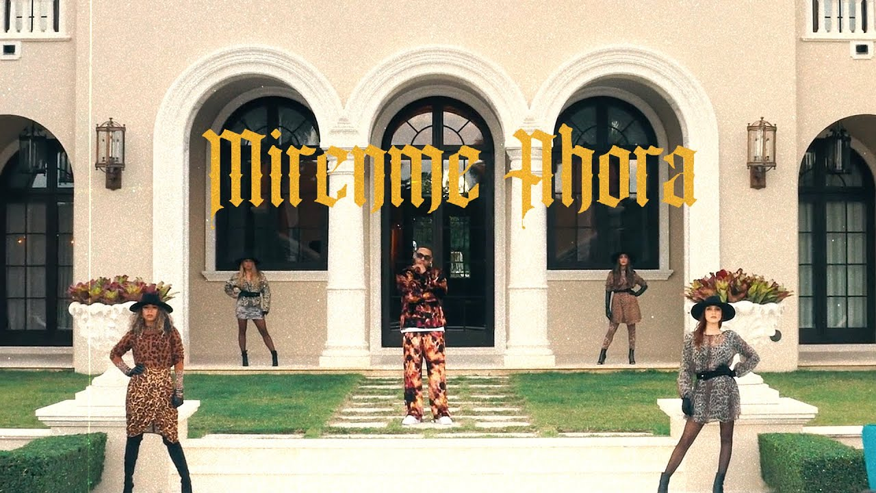 Myke Towers – Mírenme Ahora (Video Oficial)